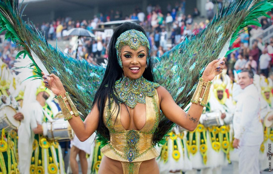 карнавал в рио фото самых колоритных участниц отличие толстых людей