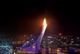 Чаша Олимпийского огня после церемонии открытия XXII зимних Олимпийских игр в Сочи.