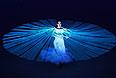 Балерина Диана Вишнева во время театрализованного представления на церемонии открытия XXII зимних Олимпийских игр в Сочи.
