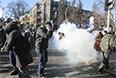 В результате беспорядков в центре Киева есть пострадавшие.