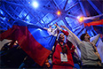 Российские болельщики перед началом церемонии открытия XI зимних Паралимпийских игр в Сочи.