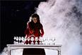 Артистка во время церемонии открытия XI зимних Паралимпийских игр в Сочи.
