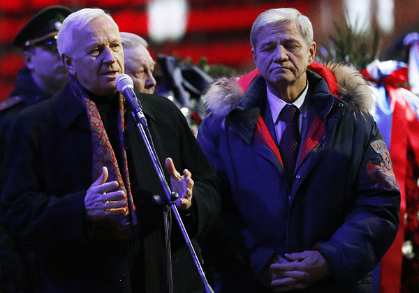 Почетный президент Российского футбольного союза Вячеслав Колосков (слева)
