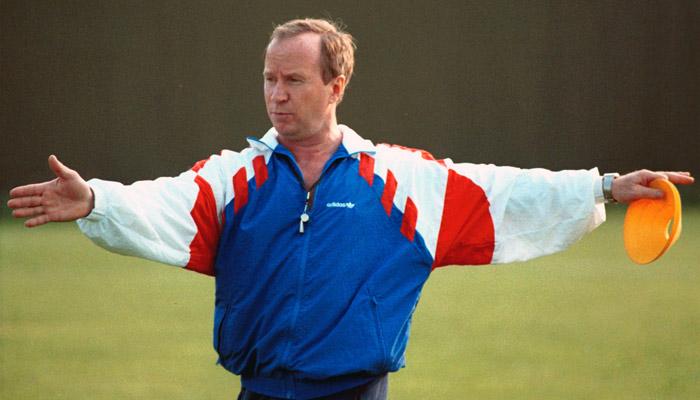 Первый главный тренер в истории сборной России Павел Садырин. Возглавил национальную команду в 1992 году, вывел ее в финальную часть ЧМ-1994. Там сборная заняла третье место в группе, не сумев выйти в плей-офф. Садырин покинул сборную летом 1994 года.