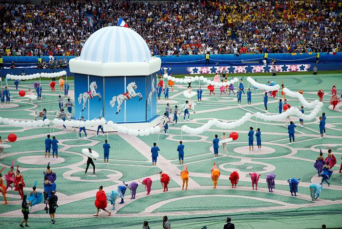 Церемония открытия Евро-2016 - фото 2 из 10