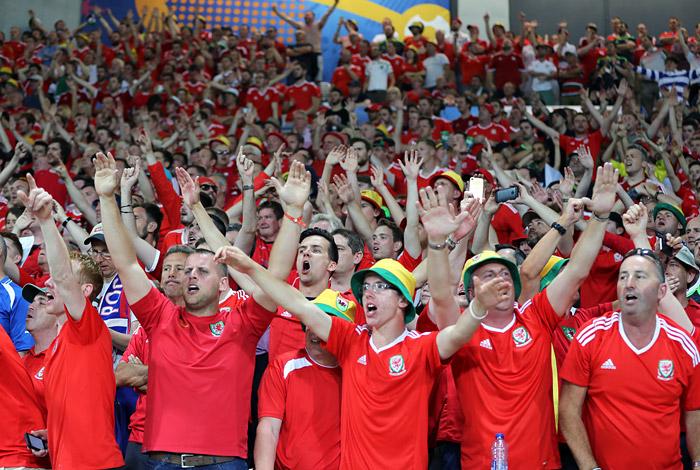 Россия крупно уступила Уэльсу и завершила выступления на Евро