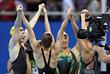 Женская сборная Австралии по плаванию победила в финале эстафеты 4х100 м вольным стилем с рекордным временем 3:30.65