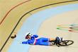 Велосипедистка из Франции Вирджиния Куефф упала в первом раунде на соревнованиях по велотреку