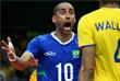 Игрок сборной Бразилии по волейболу Сержио во время матча против Канады