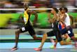 Ямайский спринтер Усэйн Болт стал семикратным олимпийским чемпионом, завоевав золото Олимпиады-2016 в Рио-де-Жанейро в забеге на 100 м. Его время – 9,80 секунды. Фотография ямайского спринтера, на которой он с улыбкой обгоняет своих соперников, стала очень популярной в интернете и послужила источником для многочисленных мемов.