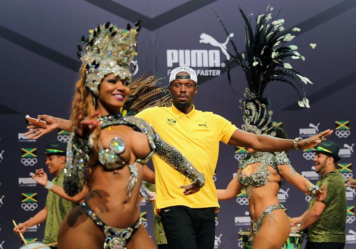 Рекордсмен мира в беге на 100 и 200 метров Усэйн Болт в преддверии легкоатлетических соревнований на Олимпиаде дал специальную пресс-конференцию, в ходе которой подтвердил, что Игры-2016 станут для него последним олимпийским турниром. Завершил пресс-конференцию он исполнением самбы в компании бразильских танцовщиц.
