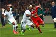 Игроки сборных Кот-д'Ивуара Сере Ди, Мамаду Багайоко и России Александр Ерохин (слева направо)