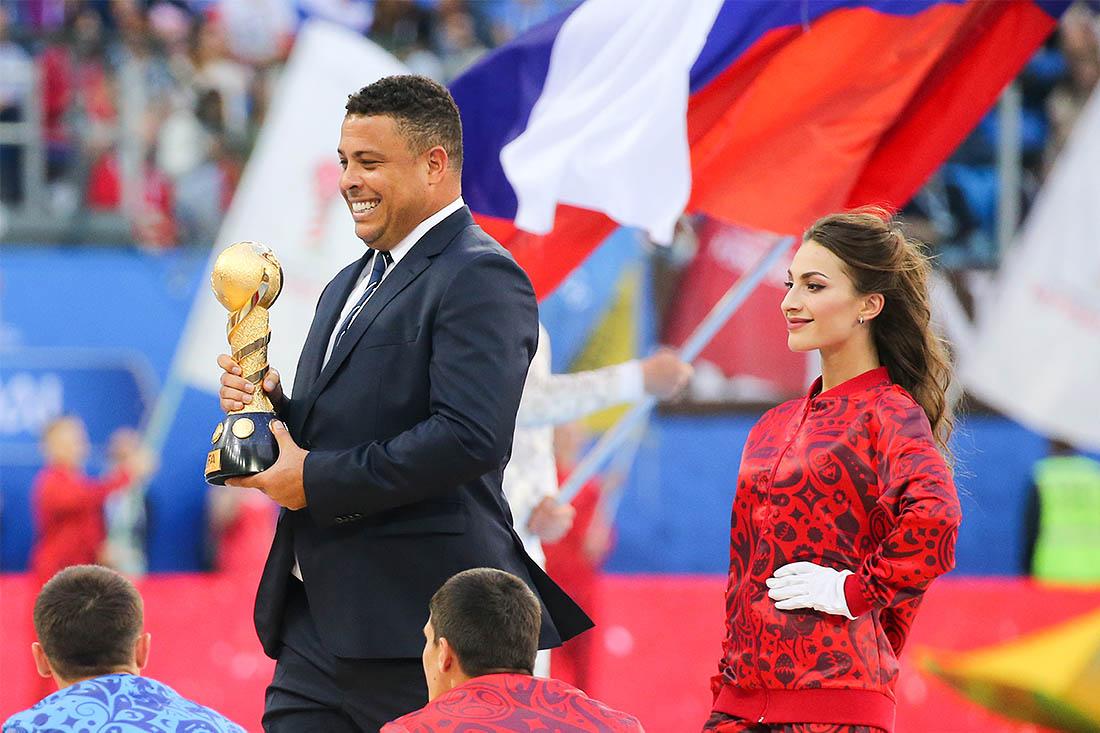 Бывший футболист сборной Бразилии Роналдо представляет Кубок конфедераций