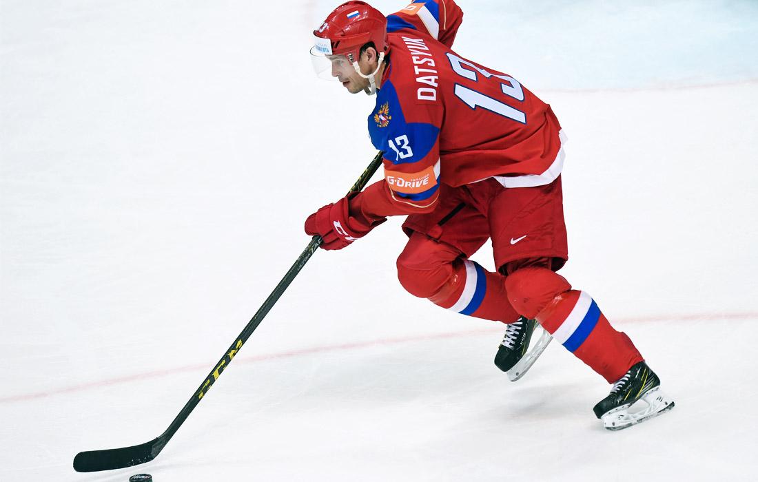Нападающий Павел Дацюк - чемпион мира по хоккею (2012)