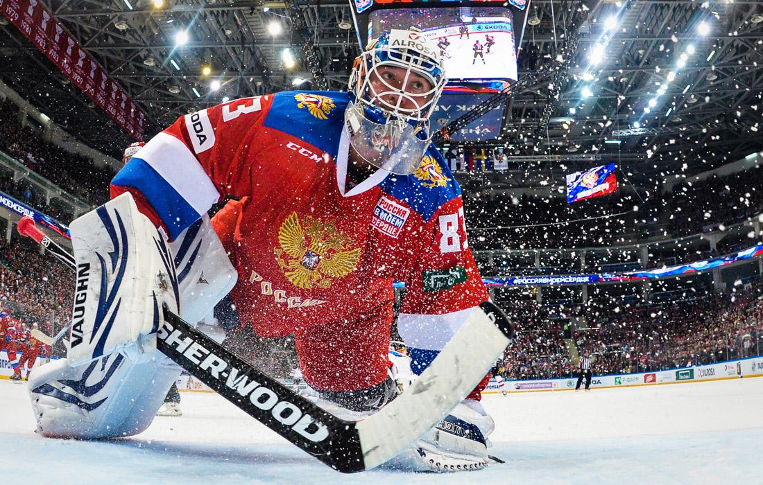 Голкипер Василий Кошечкин в составе сборной России по хоккею выиграл чемпионат мира-2009
