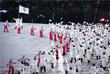 Делегация сборных Северной Кореи и Южной Кореи под объединенным флагом во время парада атлетов на церемонии открытия