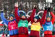 Лыжники Андрей Ларьков, Александр Большунов, Алексей Червоткин и Денис Спицов (слева направо) стали серебряными призерами в мужской эстафете. Помимо этого, в Пхенчхане им удалось заработать и ряд других наград:  Большунов и Андрей Ларьков стали серебряным и бронзовым призерами в марафоне; Спицов выиграл бронзу в индивидуальной гонке свободным стилем, Большунов взял бронзу в индивидуальном спринте классическим стилем. Спицов и Большунов завоевали серебро в командном спринте.