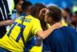 Игрок сборной Швеции Виктор Клаэссон с подругой Юлией Седеркранц на матче группового этапа чемпионата мира по футболу между сборными командами Германии и Швеции