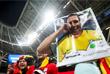 Болельщики сборной Бельгии радуются победе в матче 1/4 финала над Бразилией (2:1)