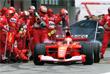 Болид образца нулевых, а именно - апреля 2001 года. За рулем покидающего пит-лейн болида - Михаэль Шумахер на Гран-при Испании в Каталонии.