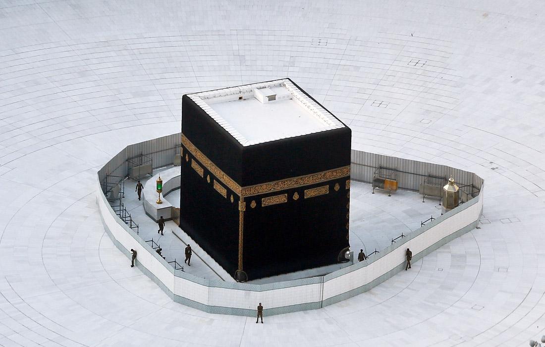 9 марта. Власти Саудовской Аравии и Катара ввели запрет на поездки для своих подданных в страны, затронутые эпидемией коронавируса COVID-19. Кроме того, Саудовская Аравия временно запретила въезд паломникам, которые хотят посетить святые места в Мекке и Медине.