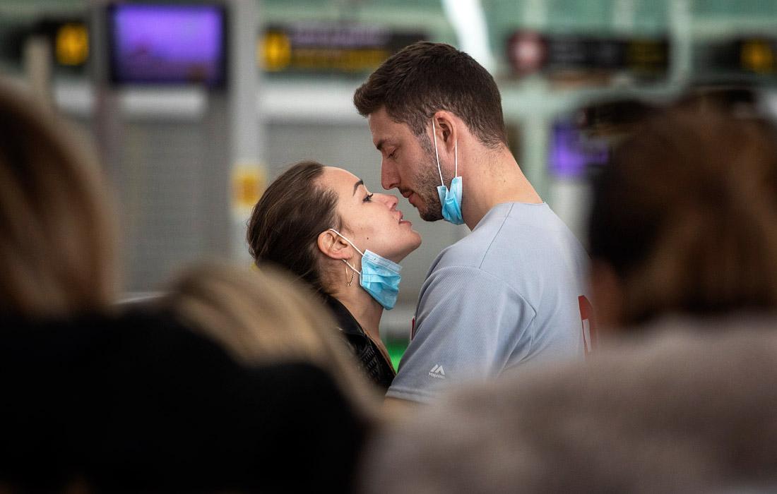 12 марта. Президент США Дональд Трамп в целях предотвращения распространения коронавируса COVID-19 запретил въезд на территорию Соединенных Штатов из всех стран Европы, кроме Великобритании. Ограничения вступят в силу в полночь пятницы, 13 марта.