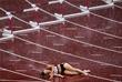 Датская легкоатлетка Сара Петерсен упала в беге на 400 м с барьерами