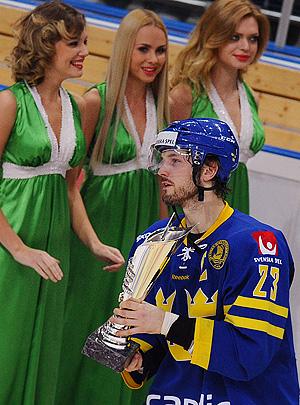 Хоккей: наша сборная - лишь третья