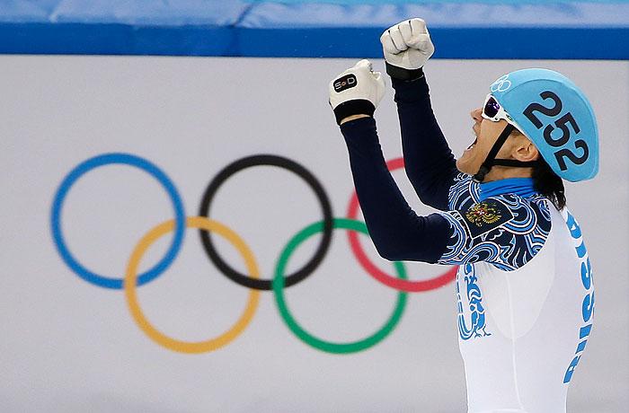 Россияне завоевали золото и серебро в шорт-треке на 1000 метров
