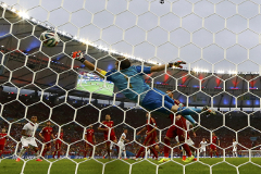 Сборная Испании потеряла шансы на выход в плей-офф ЧМ