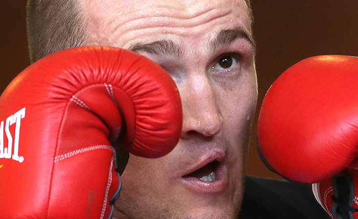 Денис Лебедев защитил титул чемпиона мира по версии WBA