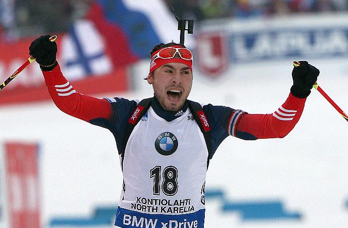 Антон Шипулин завоевал серебро на ЧМ по биатлону