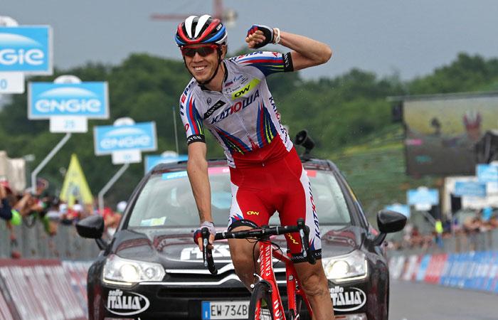 """Велогонщик """"Катюши"""" Закарин выиграл 11-й этап """"Джиро Д'Италия"""""""