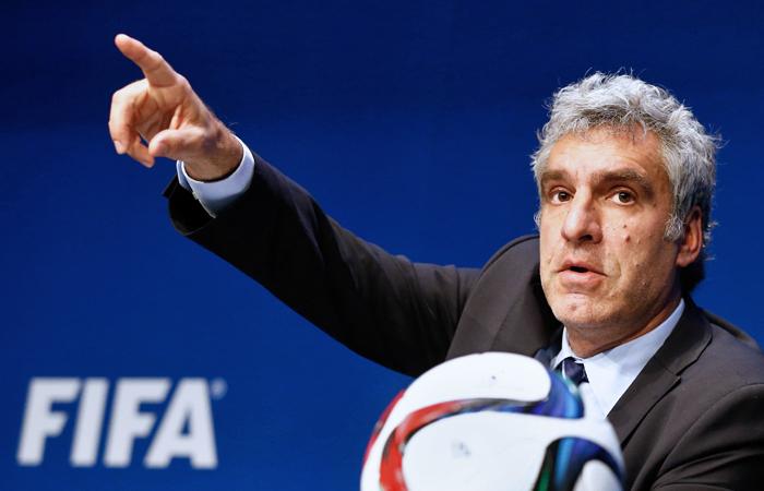 ФИФА не станет переносить чемпионаты мира 2018 и 2022 годов из России и Катара
