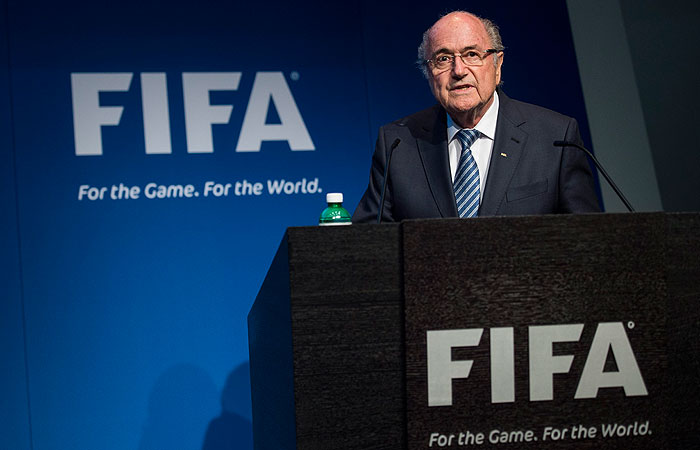 Блаттер обвинил экс-президентов Франции и Германии в давлении на ФИФА