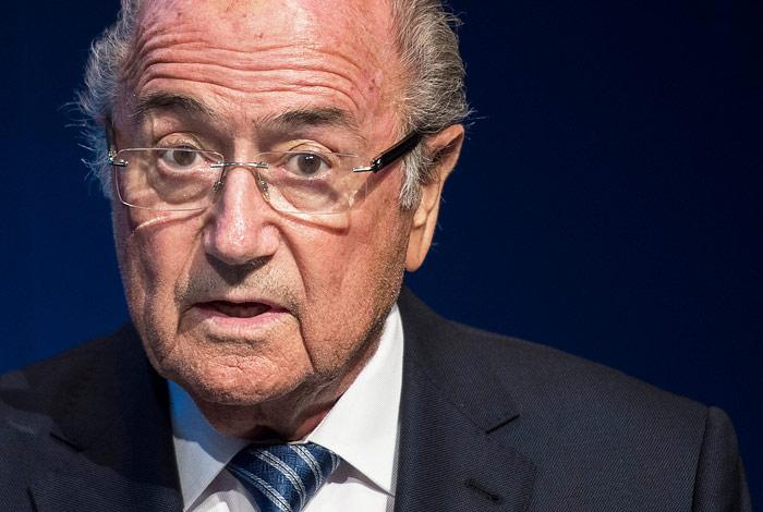 Блаттер отказался покидать пост главы ФИФА