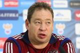 Слуцкий прокомментировал игру сборной России с Черногорией