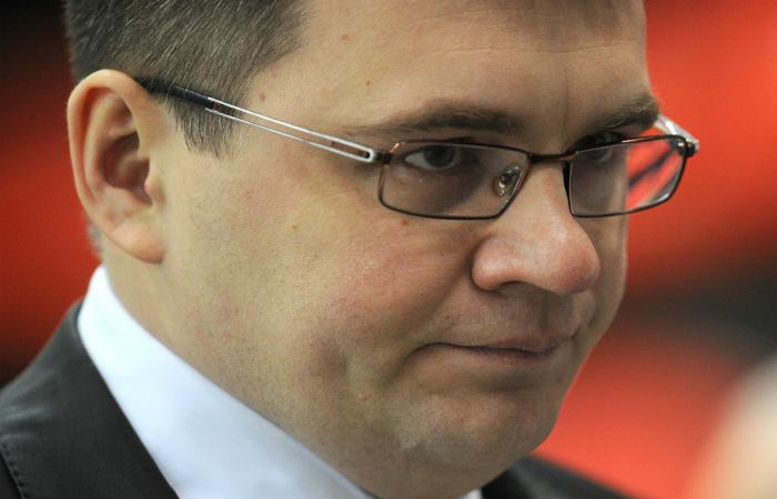 ХК СКА отправил главного тренера Назарова в отставку