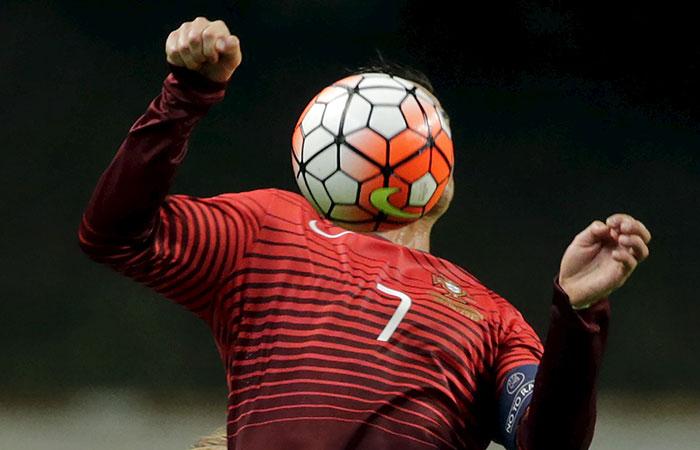 Сборная РФ по футболу сыграет товарищеские матчи с Португалией и Хорватией