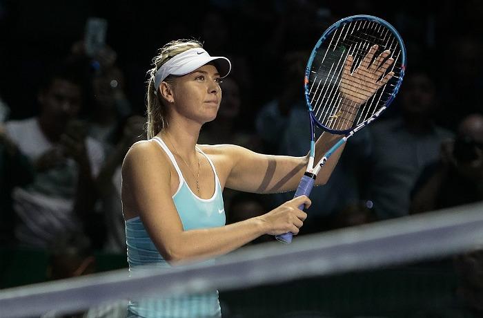 Шарапова проиграла в полуфинале итогового турнира WTA