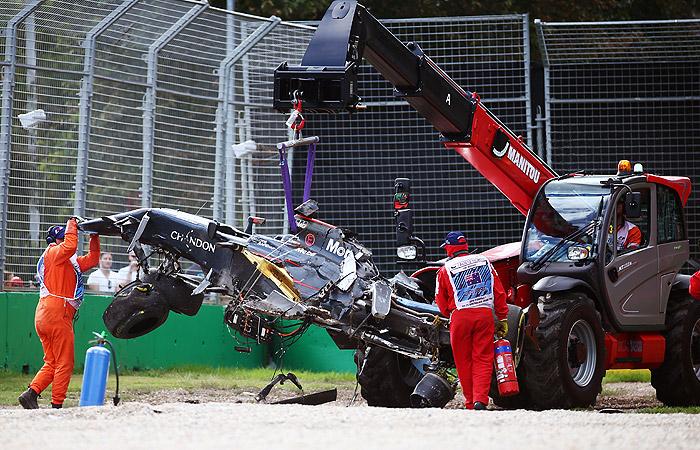 """Гран-при Австралии """"Формулы-1"""" остановили из-за серьезной аварии"""