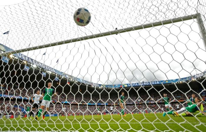 Германия и Польша вышли в плей-офф Евро-2016