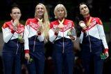 Россиянки завоевали бронзу Олимпиады в командном турнире шпажисток