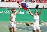 Российские теннисистки Веснина и Макарова выиграли золото ОИ в парном разряде