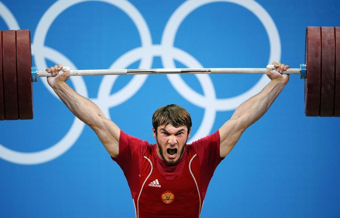 МОК из-за допинга лишил серебра ОИ-2012 российского тяжелоатлета Аухадова