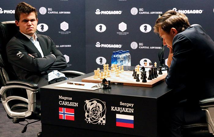 Карякин и Карлсен вновь сыграли вничью в матче за шахматную корону
