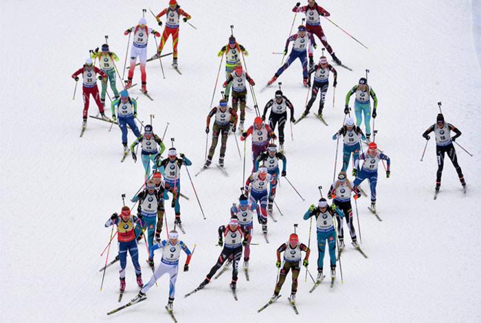 Россия стала 13-й в женской эстафете на этапе КМ по биатлону