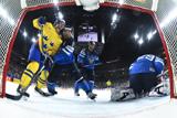 Швеция победила Финляндию и стала вторым финалистом ЧМ по хоккею
