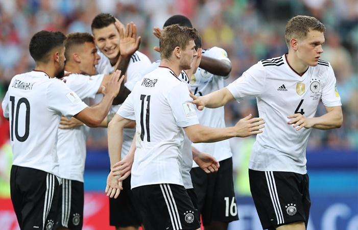 Сборные Германии и Чили вышли в полуфинал Кубка конфедераций