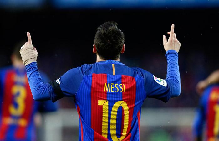 """""""Барселона"""" объявила о скором продлении контракта с Месси"""